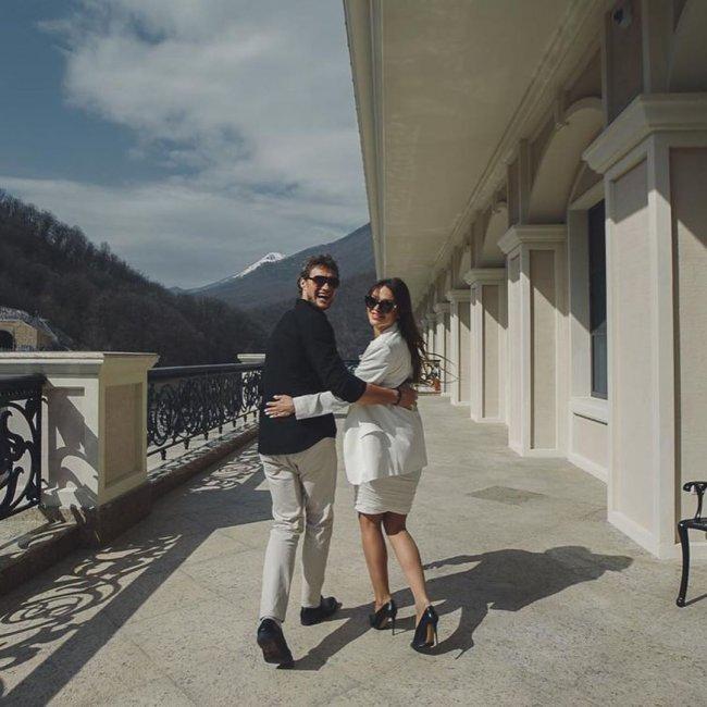 Саша Задойнов сегодня впервые женился