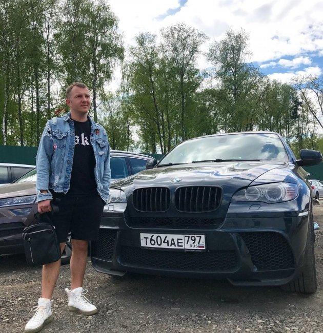 Илья Яббаров приобрел дорогой автомобиль
