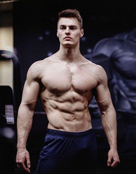 Зрители не хотят видеть в эфирах спортсмена Павла Бабичева