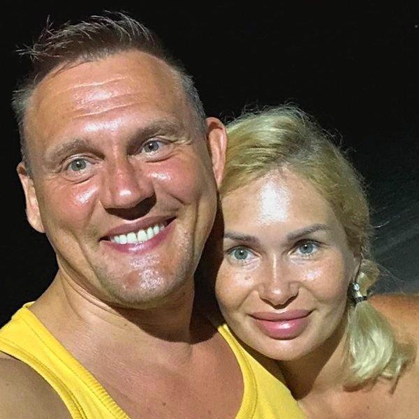 Степан Меньщиков разругался с родней Ангелины Монах