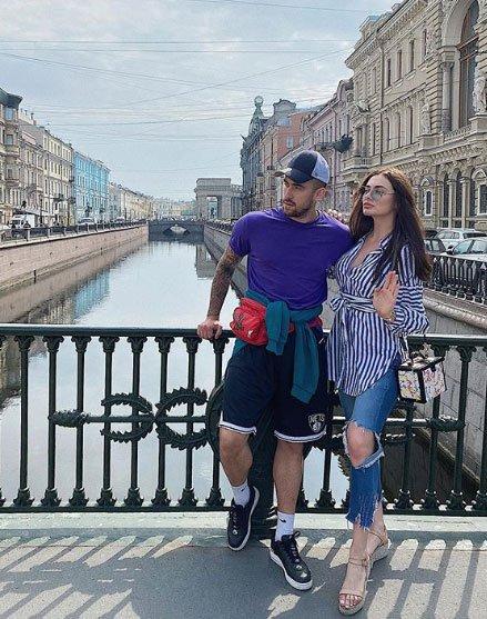 Юле Жуковой и Игорю Григорьеву пошло на пользу путешествие в Петербург