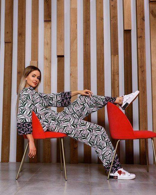 Марина Африкантова: Усидеть на двух стульях? Легко!