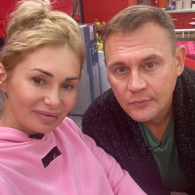 Степа Меньщиков рассказал, как Ангелина Монах перенесла проигрыш в конкурсе