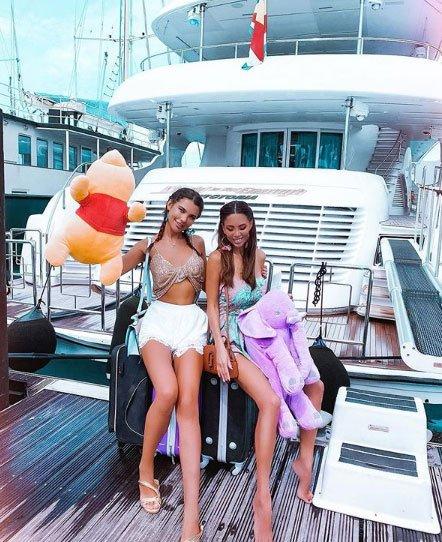 Юля Белая в восторге от роскошной жизни на яхте