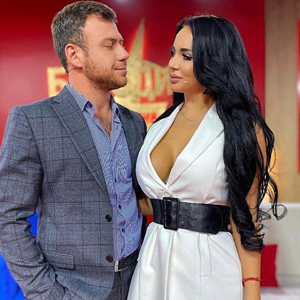 Анна Левченко намекнула на расставание с Валерой Блюменкранцем