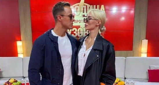 Никита Уманский хочет занять комнату Алены Савкиной