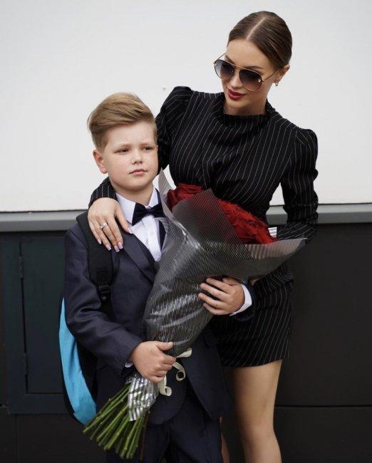 Сын Антона Гусева и Жени Феофилактовой пошёл в Первый класс