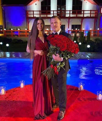 Илья Яббаров рассказал, сколько денег они с Настей Голд потратят на свадьбу