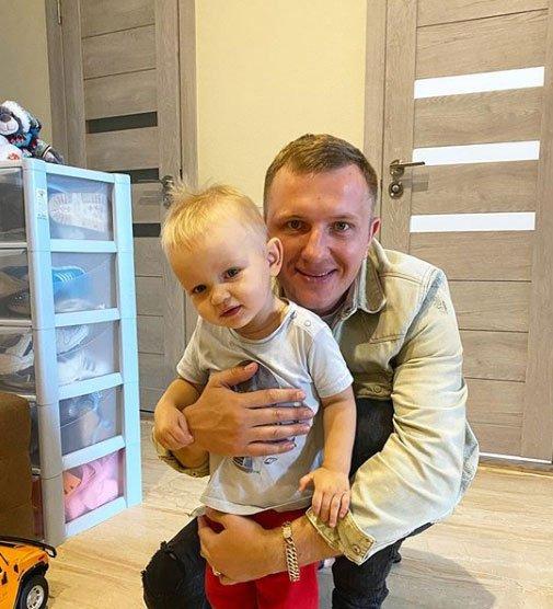 Илья Яббаров нашел способ сэкономить на сыне