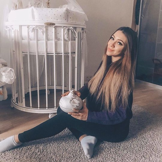 Экс-любовник Алены Савкиной обвинил ее в заражении триппером