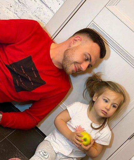Тата Блюменкранц не разрешила бывшему мужу встретиться с дочкой