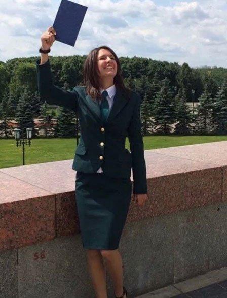 Майя Донцова считает себя причастной к Дню таможенника