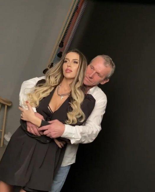 Совместная фотосессия Тани Строковой с отцом
