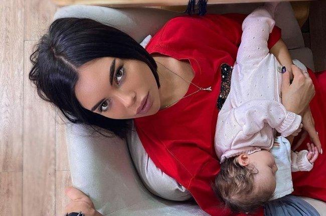 Алина Галимова готова родить Никите Рудакову двойню