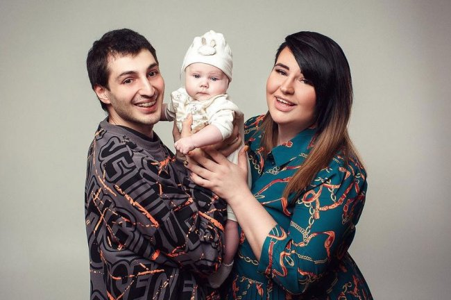 Александра Черно удивляется, насколько быстро взрослеет её сын