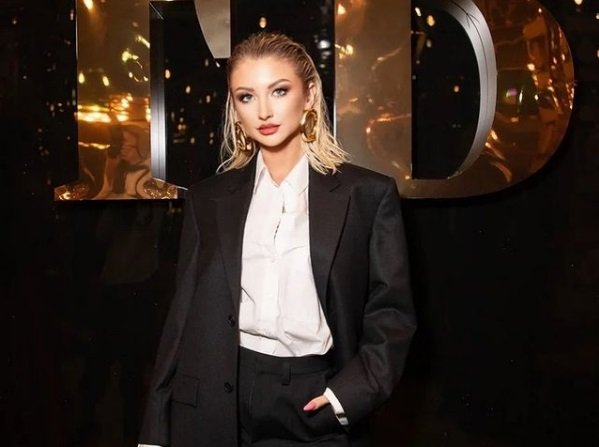 Марго Овсянникова получила работу журналистки