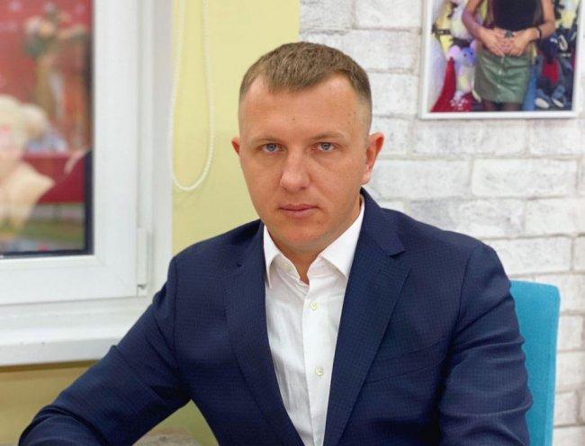 Илья Яббаров: Непозволительно спускать всех собак на Президента, который поднял с колен страну