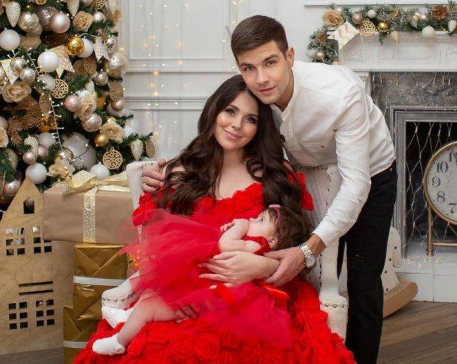 Многие люди завидуют семье Дмитренко и пишут разные гадости в их адрес