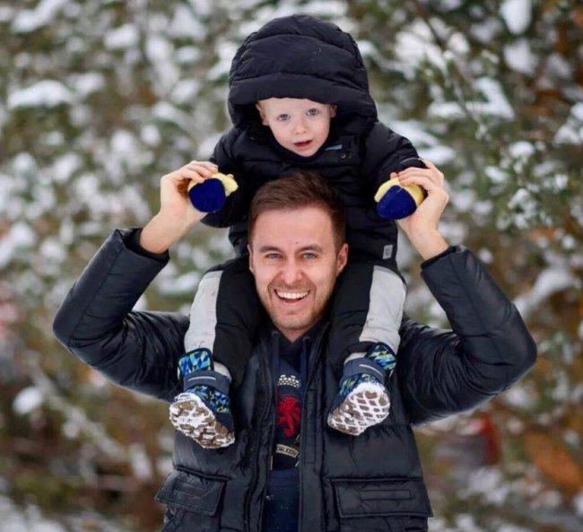 Никита Уманский и его бывшая жена перекидываются ребенком как ненужной игрушкой