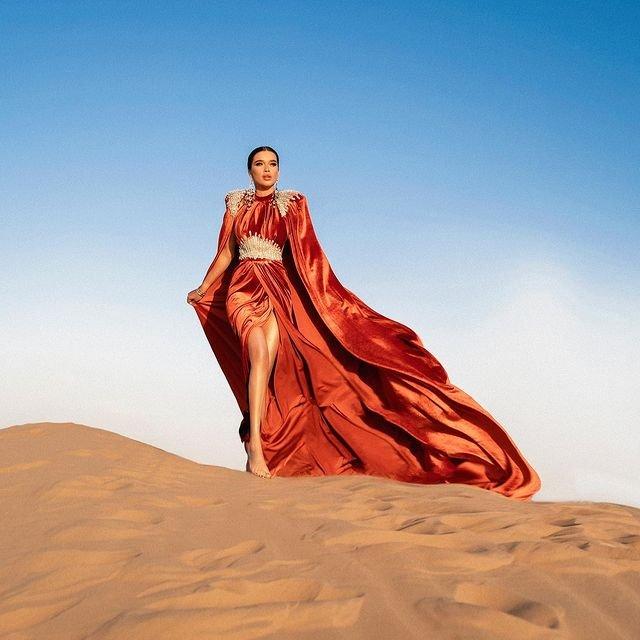 Красивая фотоссесия Ксении Бородиной в пустыне