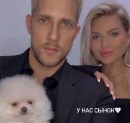 Анита Кобелева плакала, у нее тряслись руки из-за Федора Стрелкова