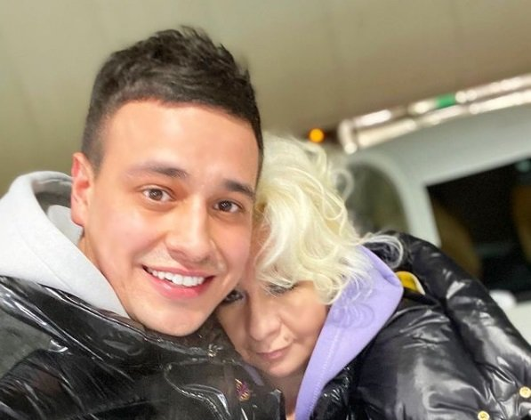 Таня Строкова устроила демарш против Дани Сахнова