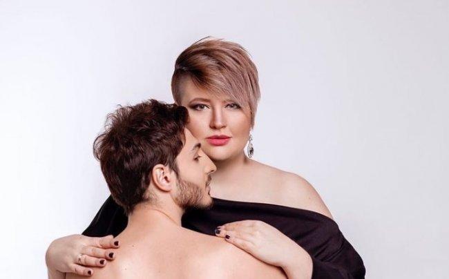 Саша Черно раскритиковала свой макияж на вечеринке