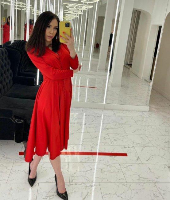 Алена Савкина выбрала себе наряд на 8 марта
