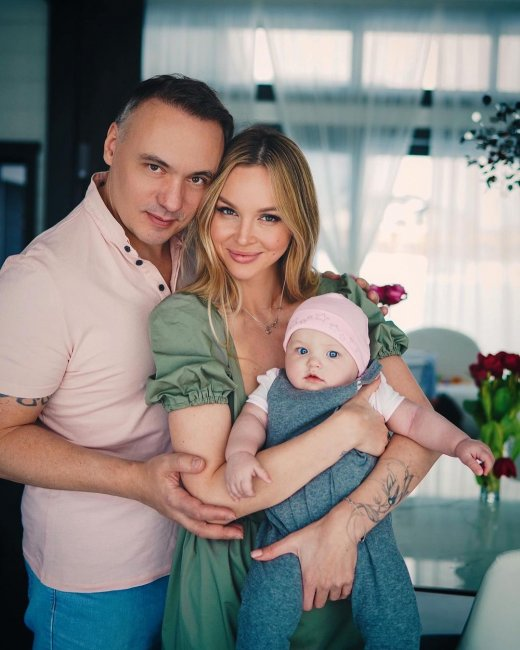 Семейная фотоссесия экс-участницы «Дом 2» Анастасии Лисовой