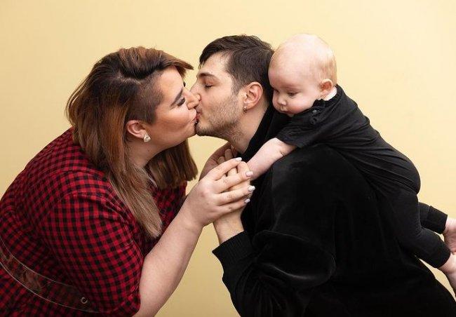 Иосиф Оганесян снимает рискованные пранки с сыном