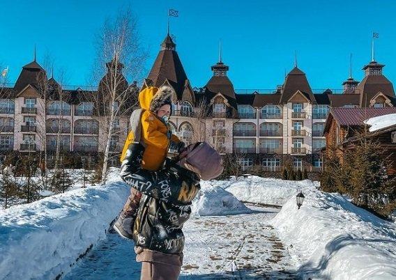 Алена Савкина ответила на вопросы про детский сад для Богдана