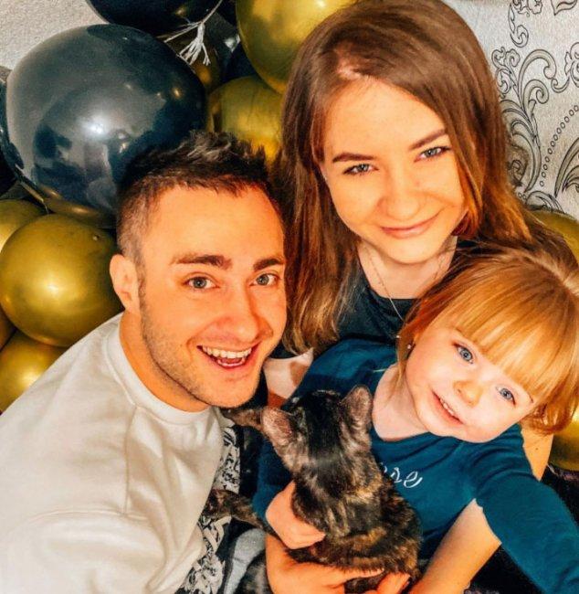 Алексей Безус понимает, насколько его дочери не хватает отцовского влияния
