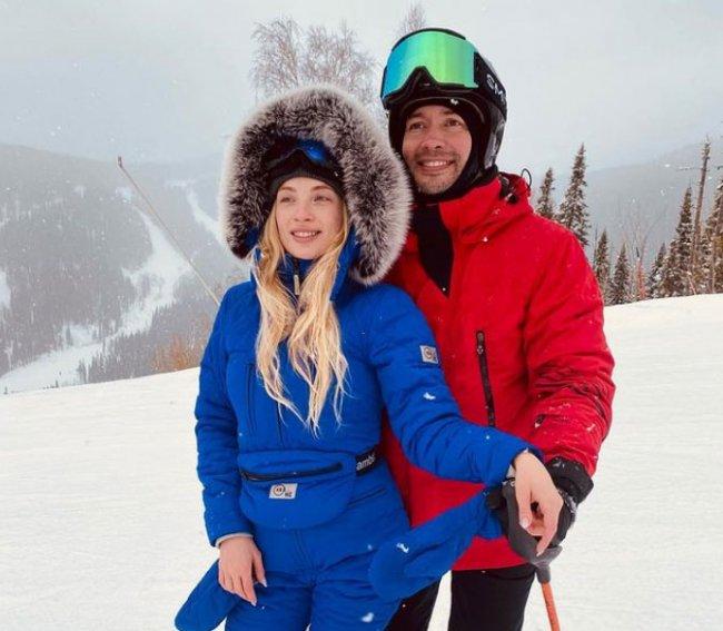 Кристина и Андрей Черкасовы наслаждаются отдыхам в Шерегеше