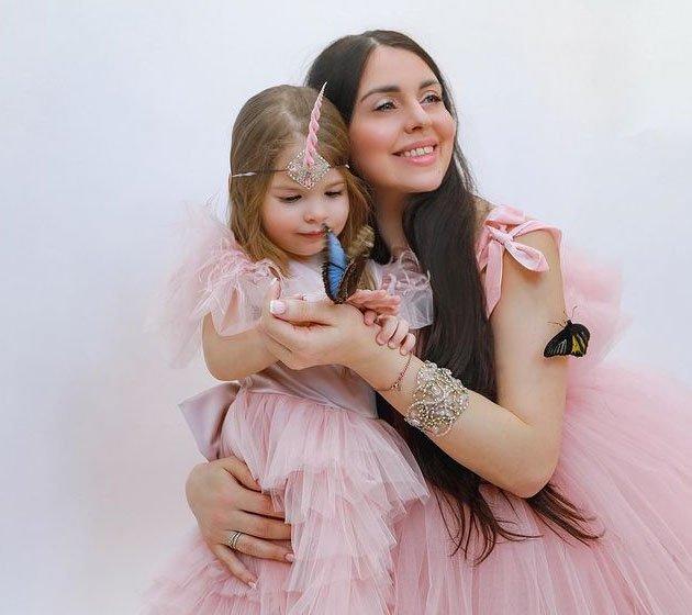 Ольга Рапунцель поздравила свою дочь Василису с днем рождения