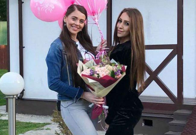 Алена Савкина накосячила в разы больше, но вся народная «любовь» досталась Ольге Рапунцель