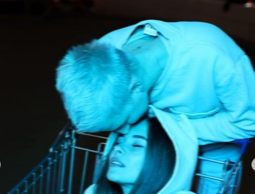 Лена Хромина показала подписчикам свою девушку