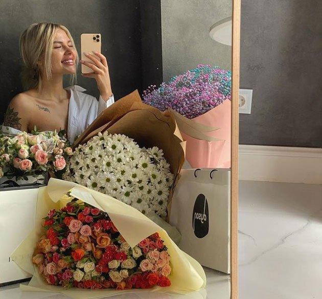 Федор Стрелков поздравил с Днем рождения Аниту Кобелеву