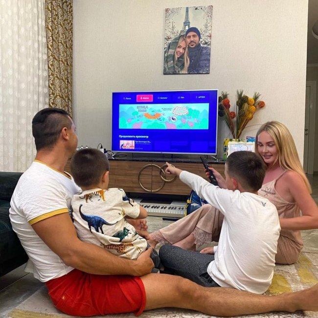 Фотоподборка счастливой семьи Пынзарей