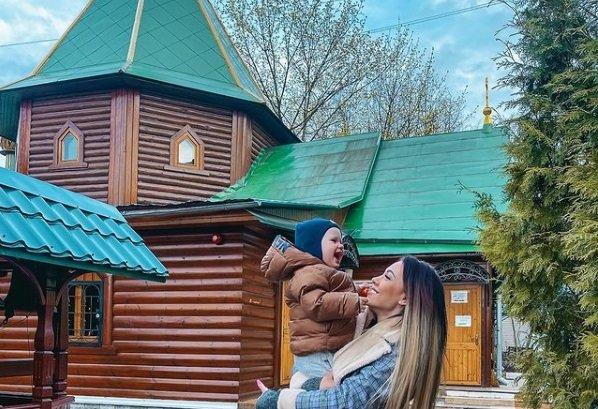 Илья Семин бросил Алену Савкину и ждет новых участниц