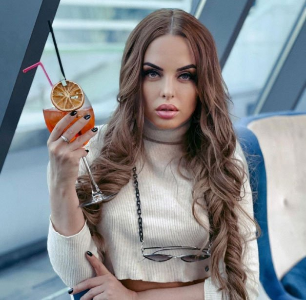 Юля Ефременкова: Хочется плакать от обиды за наши отношения, которые так и не удалось спасти