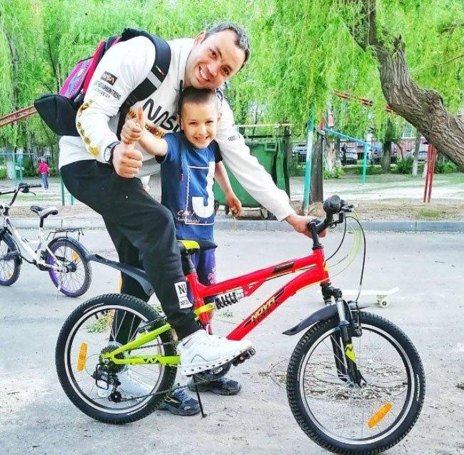 Александр Гобозов поздравил своего сына с Днем рождения
