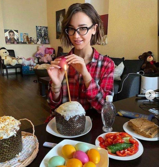 Май Абрикосов считает, что Ольга Бузова стала богоотступницей