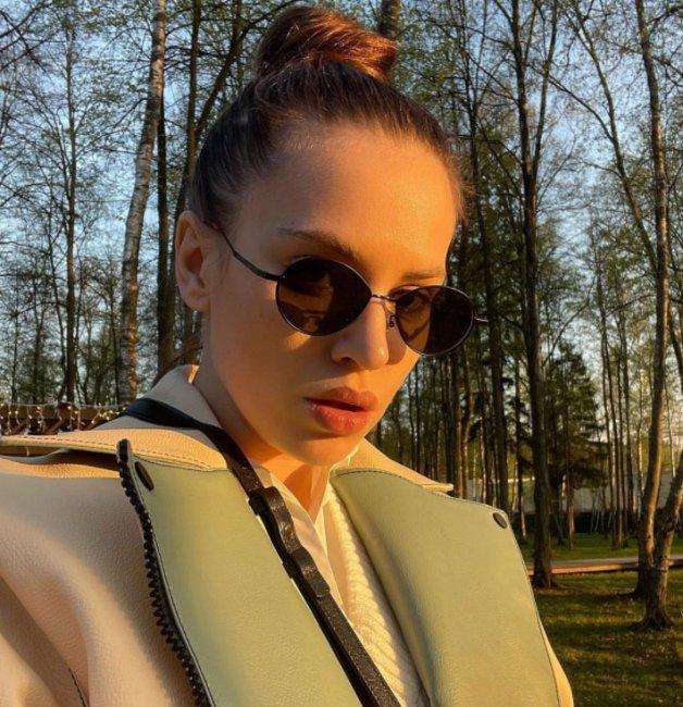 Саша Артёмова ставит окончательную точку в отношениях с Женей Кузиным и подает на развод
