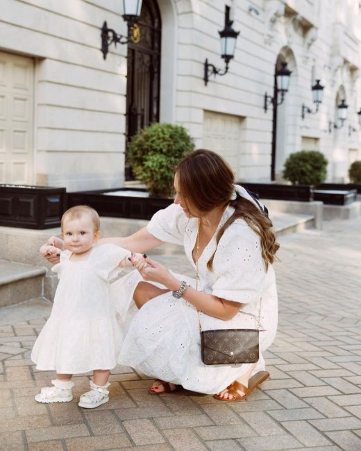 Красивая фотоссесия Эллы Сухановой с дочерью Эвелиной