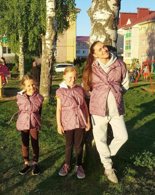 Фотоссесия Марии Круглыхиной с красавицами дочками