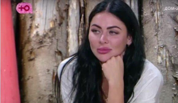Новая участница Лиля Емельянова очаровала всех парней