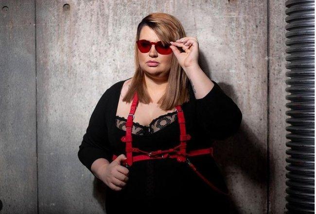 Саша Черно уверяет, что потратила на лечение кота 250 тысяч рублей