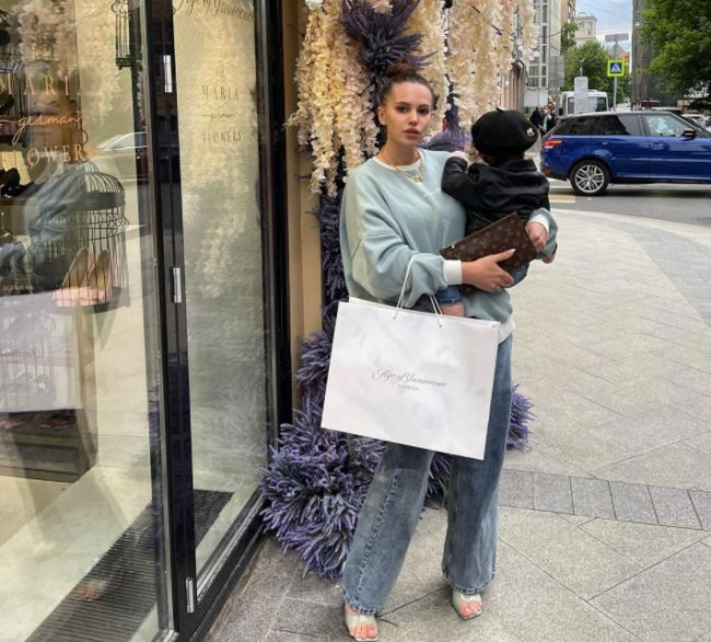 Саша Артемова боится отдавать свою дочь в детский сад