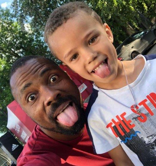 Джозеф Мунголле намерен забрать своего сына к себе и воспитывать самостоятельно